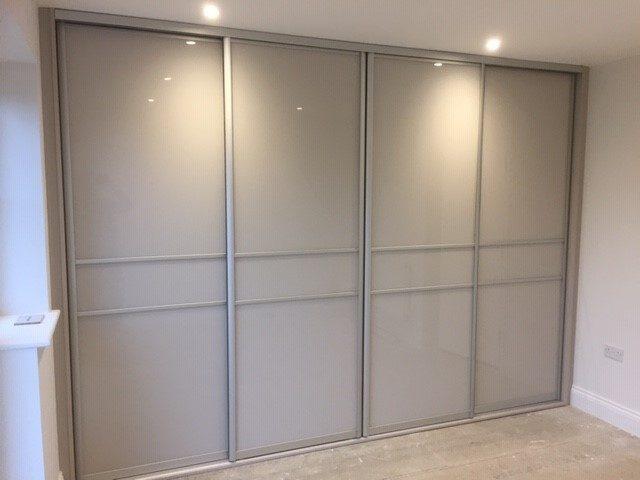4 x Komandor silver frames with cashmere glass